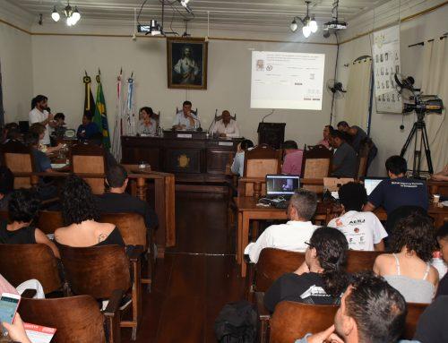 Presidente da Câmara de Ouro Preto-MG tranca a pauta da reunião após o decreto do aumento da passagem de ônibus